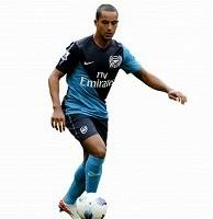 theo-walcott---arsenal-premier-league_26-14
